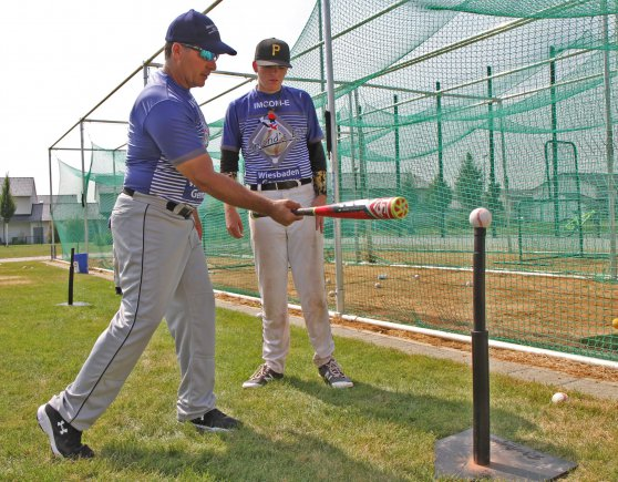 choosing the best baseball batting tees
